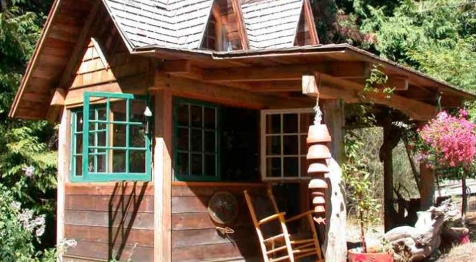 west coast style potting shed on Pender Island built by Dave Dandenau of Gulf Islands Artisan Homes